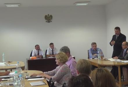 VI Sesja Rady Gminy – absolutorium udzielone, obniżki opłaty za wodę i wywóz śmieci