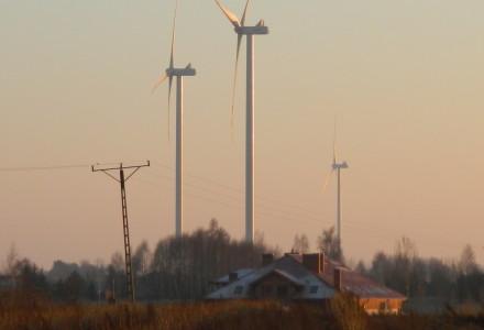 Przybywa wiatraków w Polsce – śpieszą się, bardzo!!!