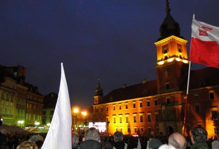 10.04.2016 Warszawa – Fotorelacja Ryszarda Kozaka z  rocznicy katastrofy smoleńskiej