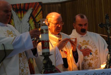 01.05.2016 Abramów – Wizyta Arcybiskupa Stanisława Budzika