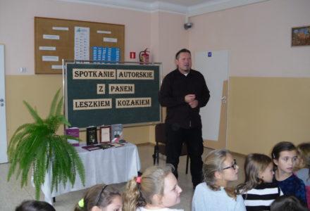 Historia nam najbliższa – spotkania autorskie Leszka Kozaka
