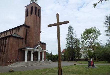 Ks. Eugeniusz Dobosz nowym proboszczem parafii Abramów. Ogłoszenia duszpasterskie i intencje mszalne na najbliższy tydzień.
