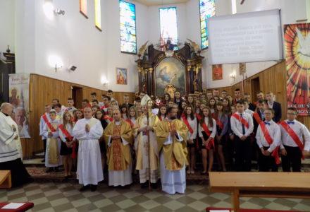 Ku dojrzałości chrześcijańskiej – Bierzmowanie w parafii Abramów 2019