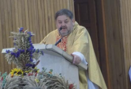 01.07.2020 Abramów, kościół parafialny  – Różaniec (18.00) i Msza Święta (18.30) w intencji zmarłego ks. Wojciecha Szlachetki.